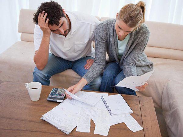Каждый пятый заемщик платит по кредиту больше трети семейного дохода