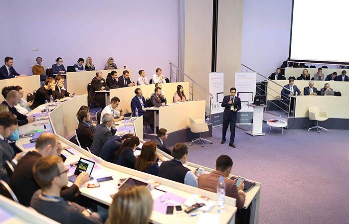 День CRM в бизнес-школе СКОЛКОВО: ответ лидеров бизнеса на трансформации финансового рынка