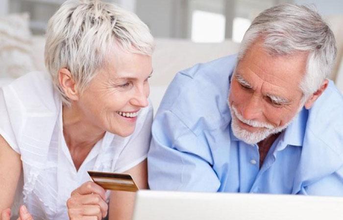 НБКИ: в 2016 году доля заемщиков старше 50 лет в стране увеличилась почти на 1 процентный пункт и составила 27,4%