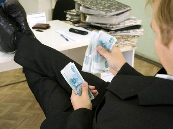 Борьба с нелегальными кредиторами: итоги полугодия