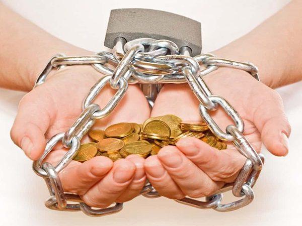 Банк России выступил за ужесточение наказания для черных кредиторов